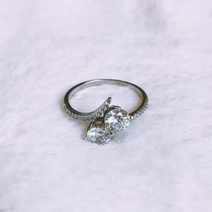Jewelry - Double Stone Sterling Silver Ring